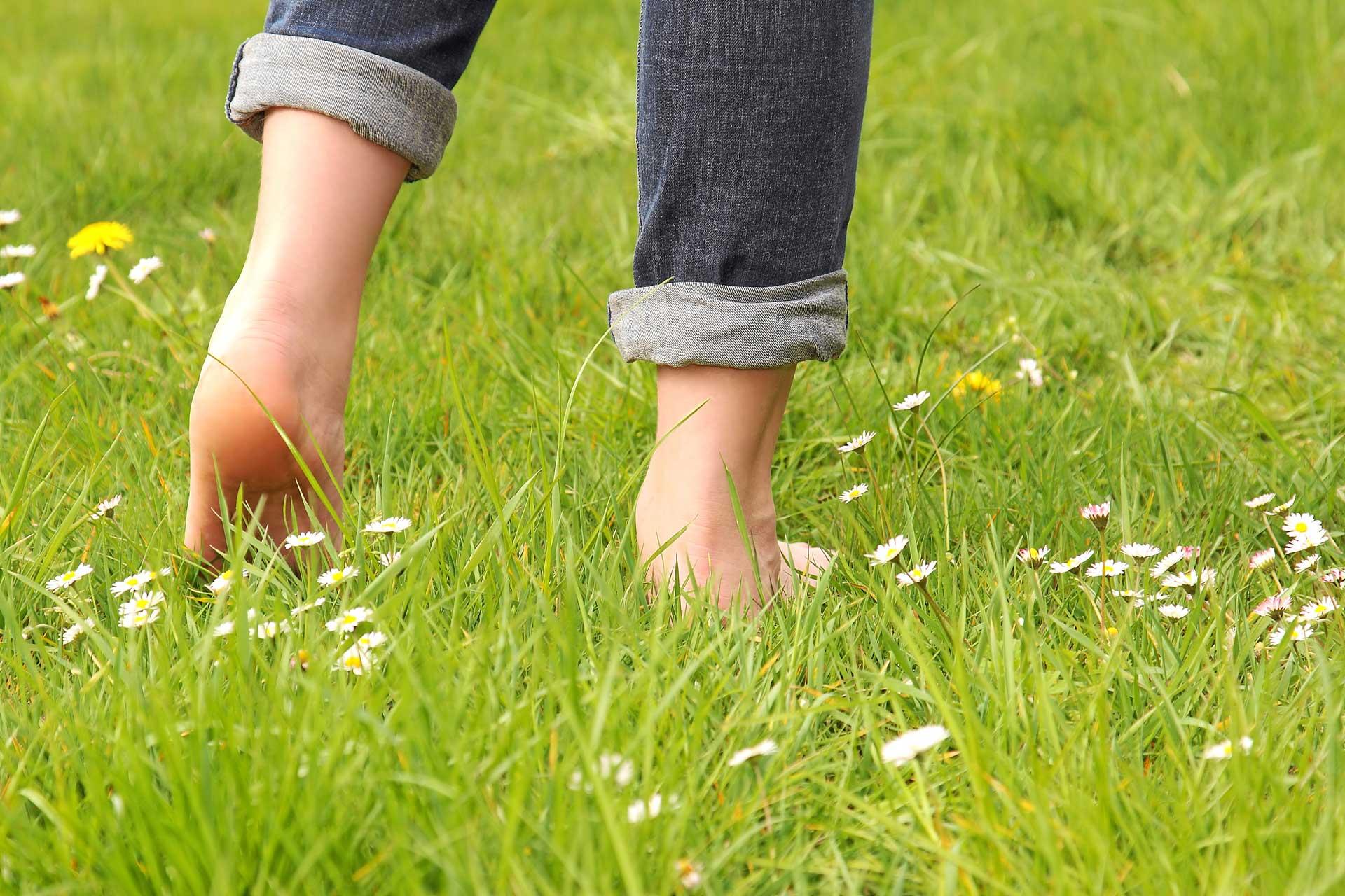 going barefoot grounding