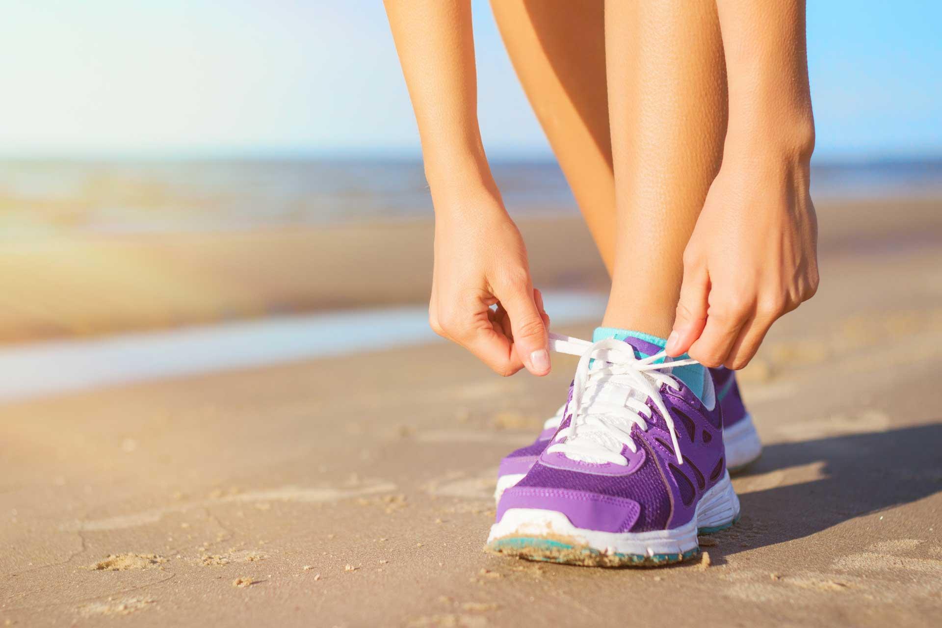 beach running tips image of beach jogger.jpg