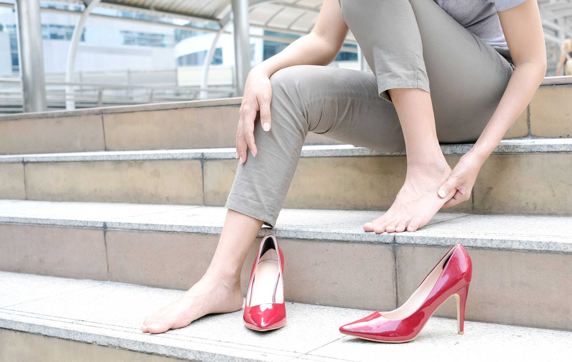 Image of women with heels and plantar faciitis pain